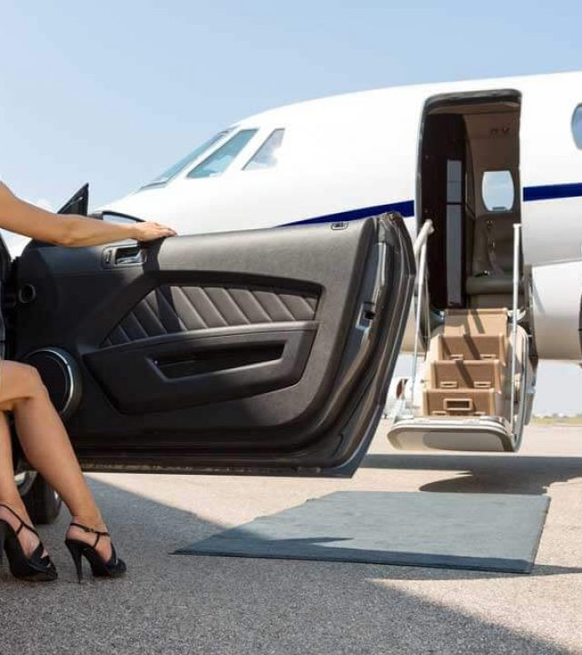 Airport taxi to and from Dulles Airport , Reagan international Airport and BWI